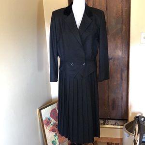 VTG 80's CHRISTIAN DIOR sz 10 12 Suit Wool Velvet